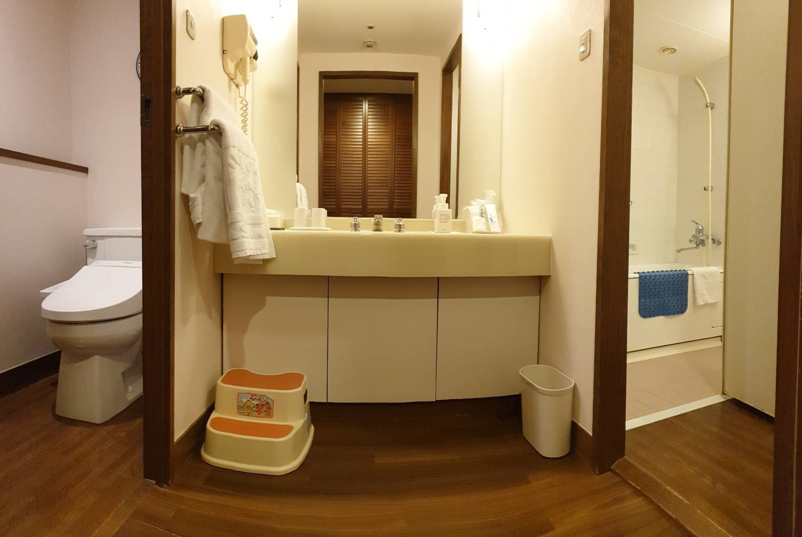12. Hotel Shima Spai 200213 0007
