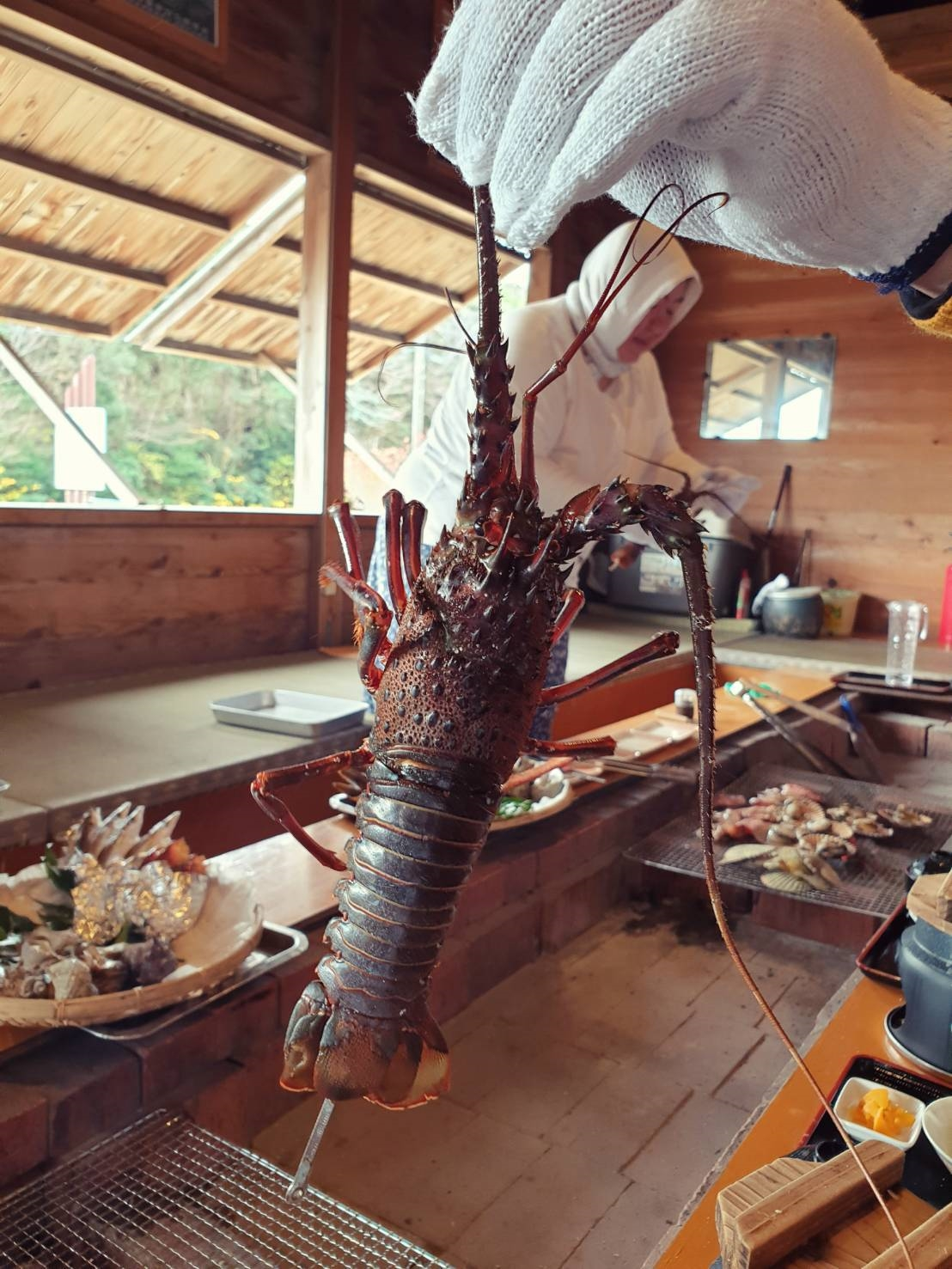 14. Ama Hut Satoumia 200213 0005