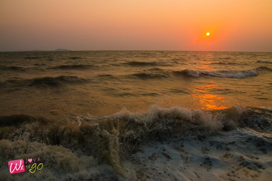ชายหาดบางแสน ชิมซีฟู้ดริมทะเล 01