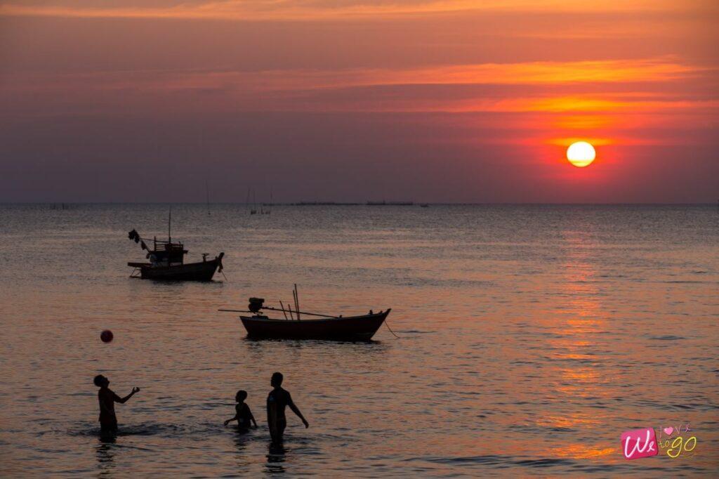 ชายหาดบางแสน ชิมซีฟู้ดริมทะเล 04