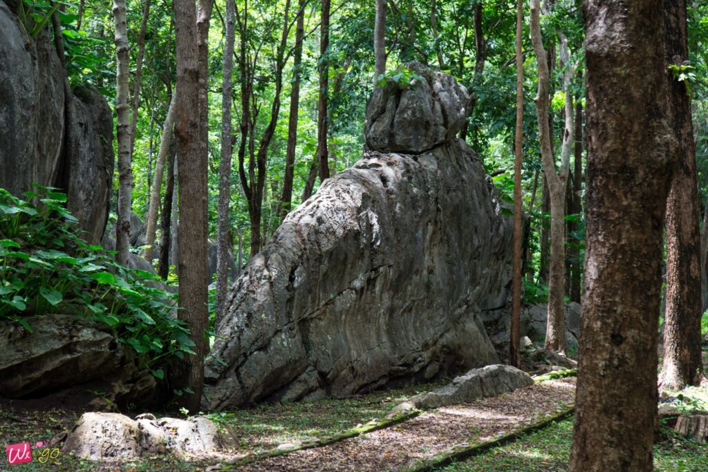 สวนหินมหาราช อช.ผากลอง จ.แพร่2